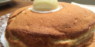 愛犬同伴で…パンケーキ、オニオングラタンスープを!  6の付く日はMOET(シャンパン)が半額です。