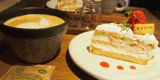 Cafeめぐり♡ 〜苺のデザートが食べたい編🍓〜