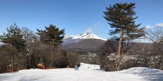 軽井沢でスキーと温泉とショッピングのサクッとリゾート!