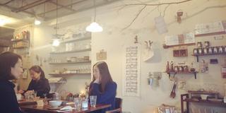 新宿三丁目のおしゃれカフェ*