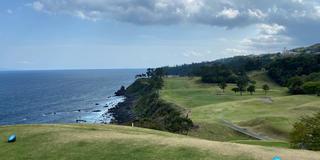 世界ゴルフコース100選の川奈を楽しむ!