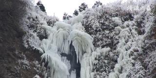 阿蘇の岸壁~厳冬の芸術を観に来ませんか!