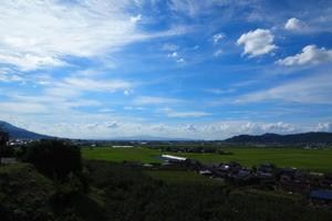 筑紫平野と巨峰と豚と...♫