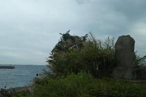 観音崎で照らし続ける灯台