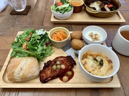 カフェレストラン ビクトリア