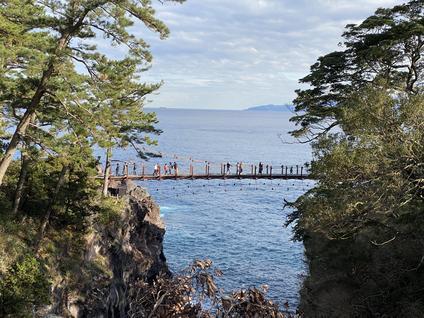 城ケ崎つり橋(門脇灯台)