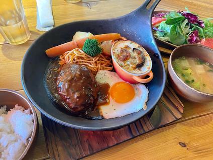 高原育ちのカフェレストラン 九重珈琲 筑紫野店(ココノエコーヒー)