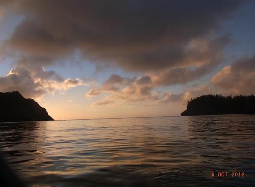 夏こそ行きたい!小笠原父島で最高の夕陽と星空を