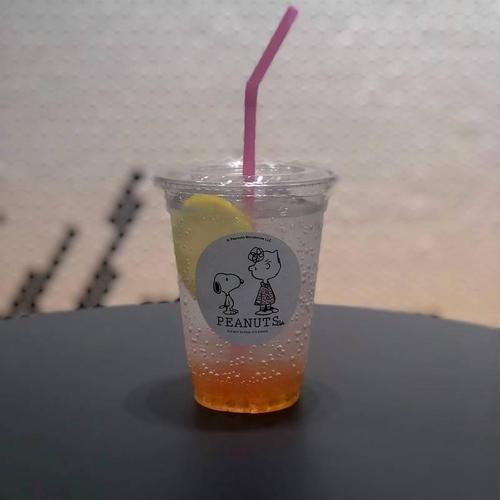 PEANUTS Cafe(ピーナッツ カフェ)