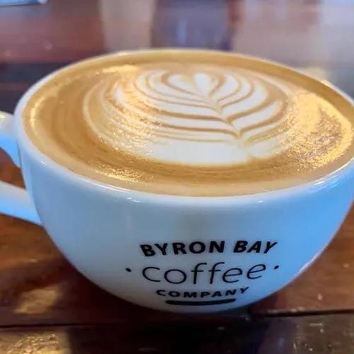 Byronbay Coffee 大門店(バイロンベイコーヒー 大門店)