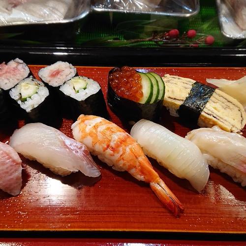 (有)紅葉寿司