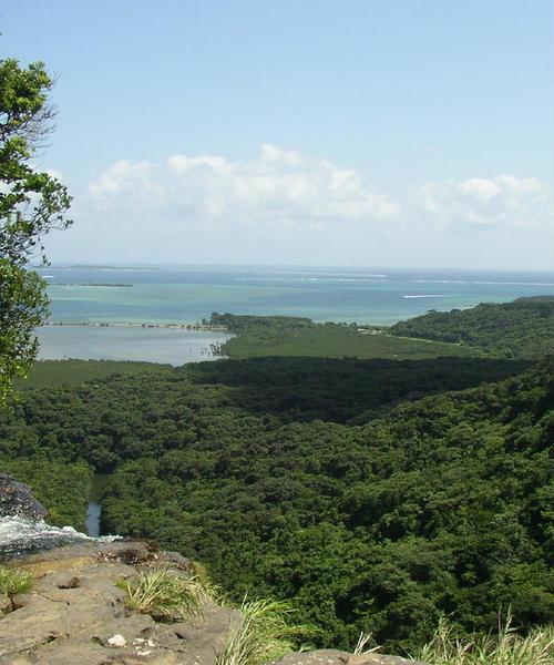 沖縄の島々をアイランド・ホッピング/八重山諸島