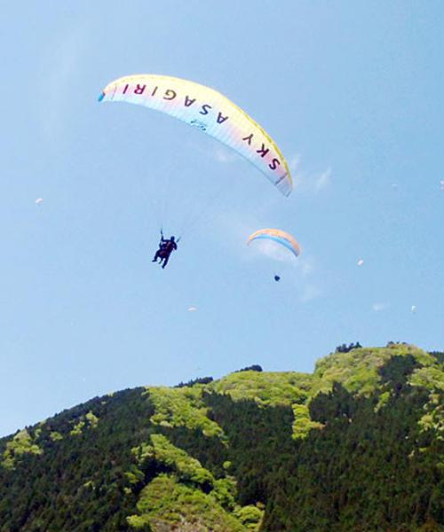 富士山の麓でパラグライダー!美味しい山形の食をお腹いっぱい食べて、空を飛ぶ豚になろう!
