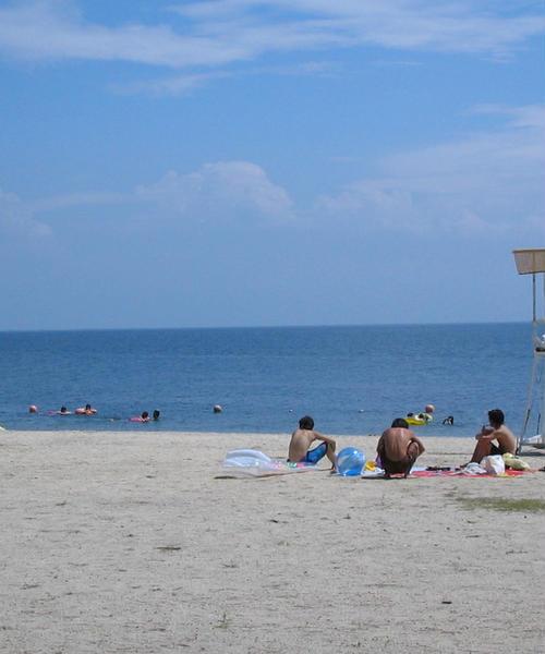 いざ、湖水浴へ。夏は車に乗って琵琶湖へドライブ