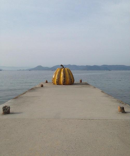 アートからはじめよ。直島を満喫する旅