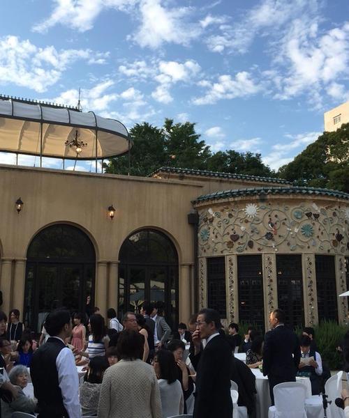 新宿の小笠原伯爵邸の素敵な結婚式に出た後に!