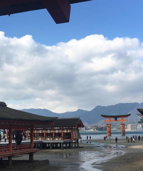 日帰りでサクッと【厳島神社】へ!グルメも満喫プラン♬