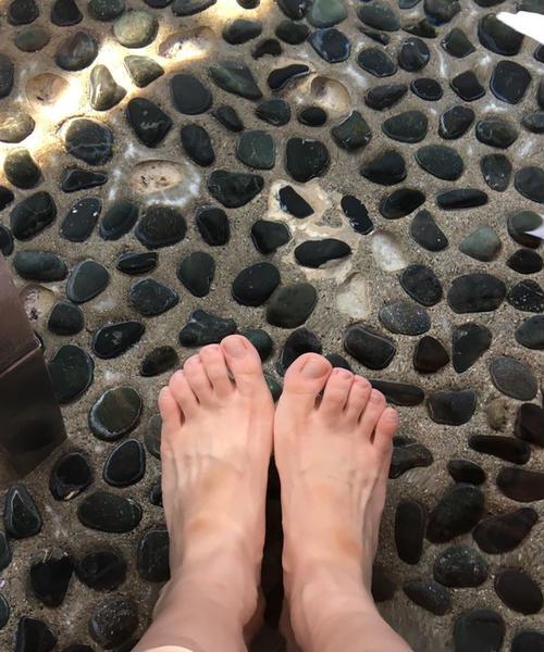 石和温泉で食べて飲んで遊び尽くす!週末女子旅プラン
