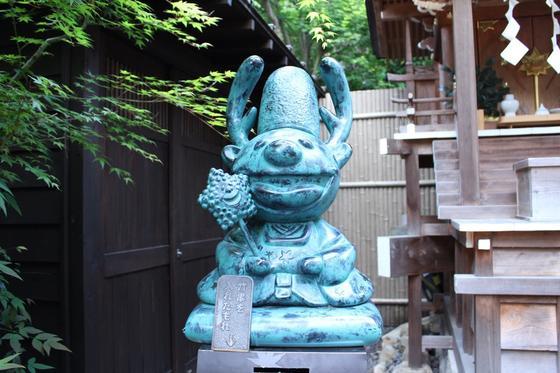 串は神社に奉納。