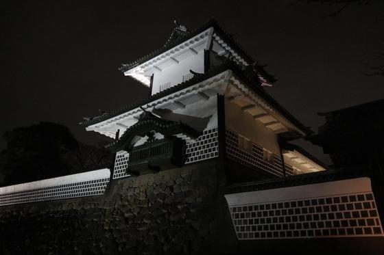お城のライトアップ①