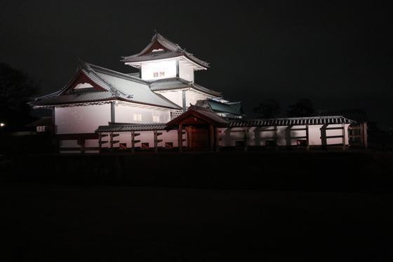 お城のライトアップ④