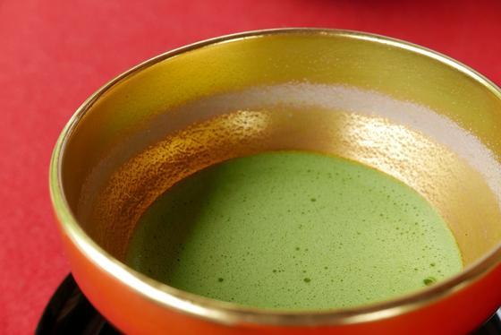 限定の金色の茶碗
