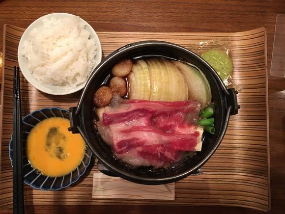 国産牛すき焼き定食