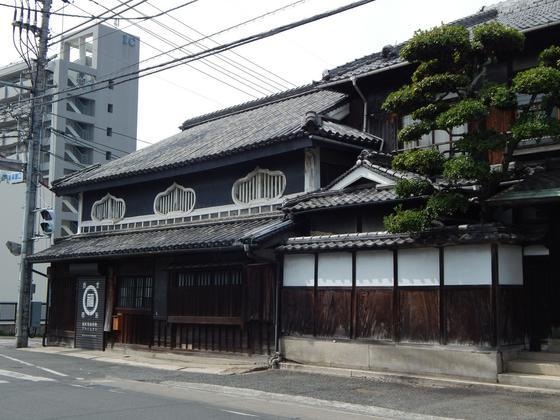 旧福岡醤油店