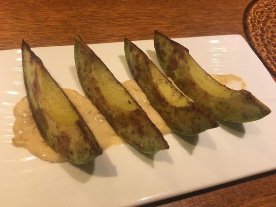 焼き アボカド 味噌マヨネーズ