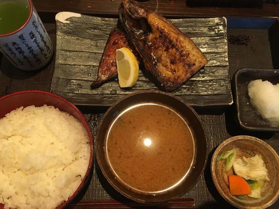 さばの半々(さば塩・さばみりん)焼定食 ¥780