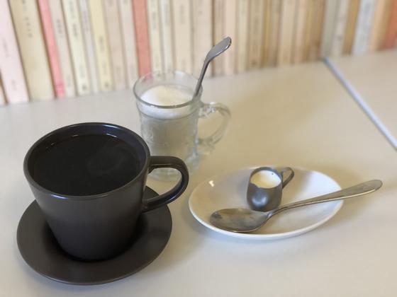 ペーパードリップで淹れたコーヒー