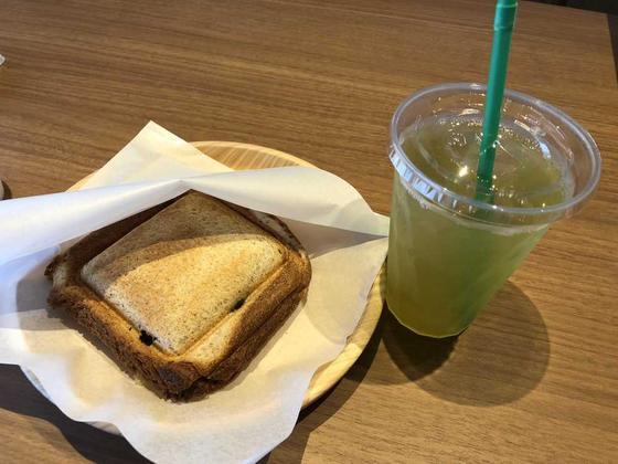 椎茸とチーズのサンドイッチ