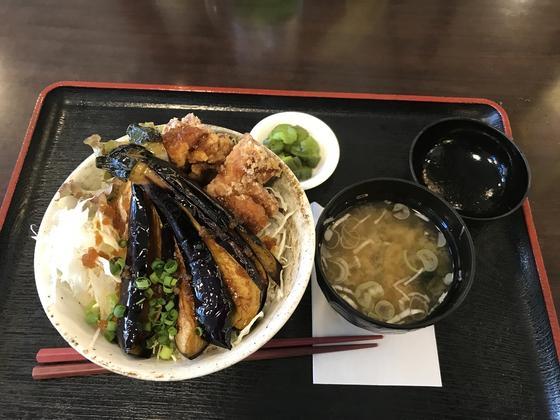揚げナス唐揚げの油淋鶏丼