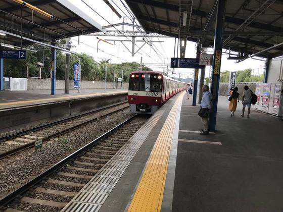 電車、来ちゃいました。