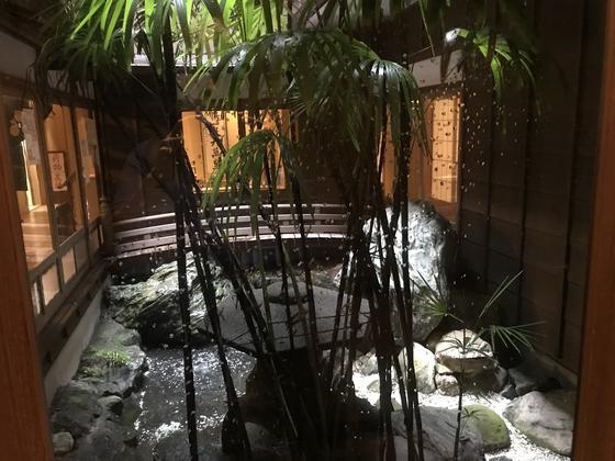 美しい中庭