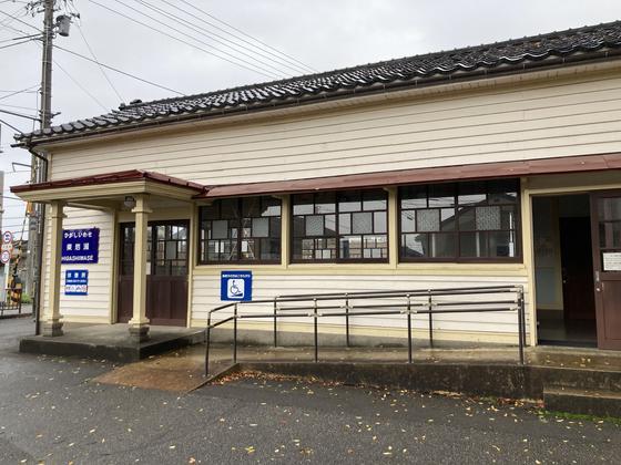富山ライトレール「東岩瀬駅」