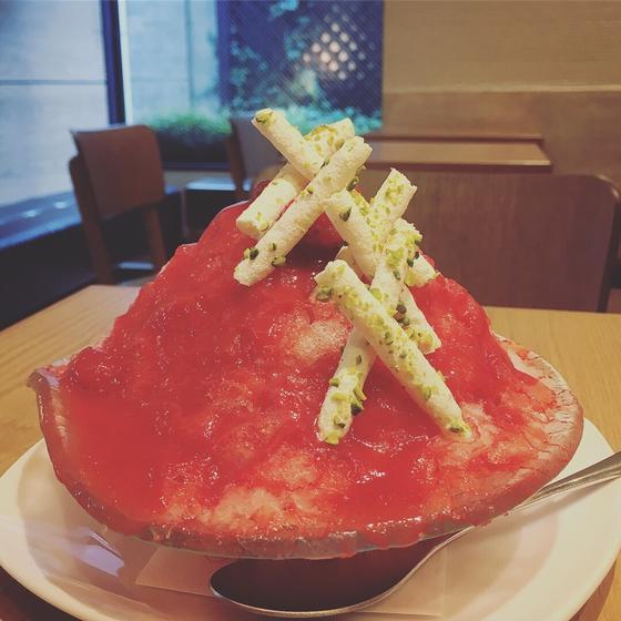 イチゴのかき氷