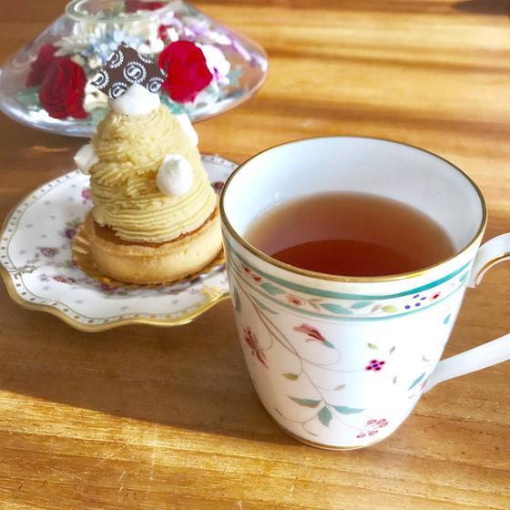 紅茶はフルナを