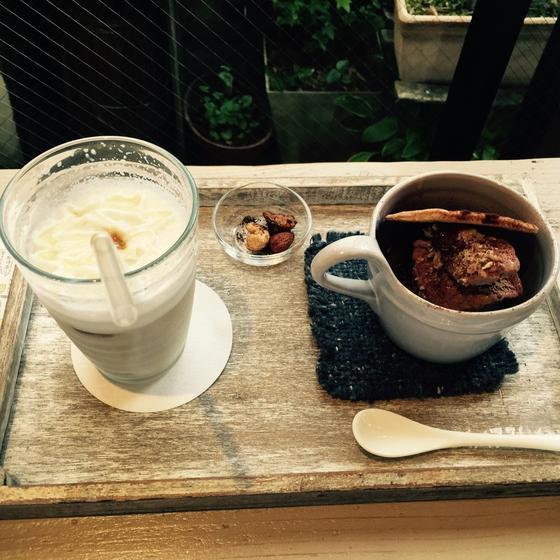 蜂蜜カプチーノとマフェ