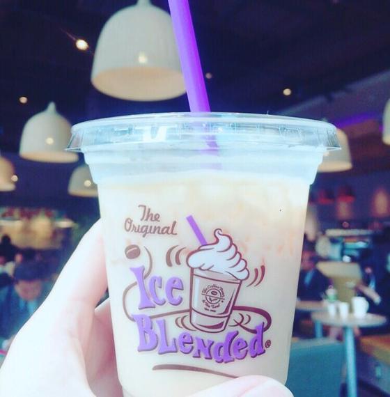 かわいい紫ベースのカップ