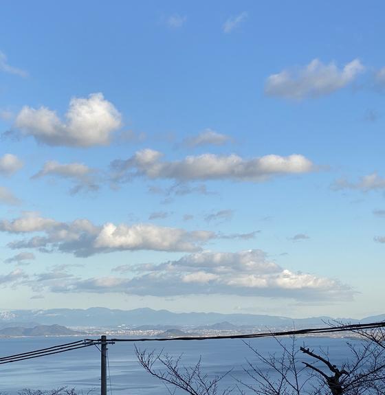 駐車場から琵琶湖を一望