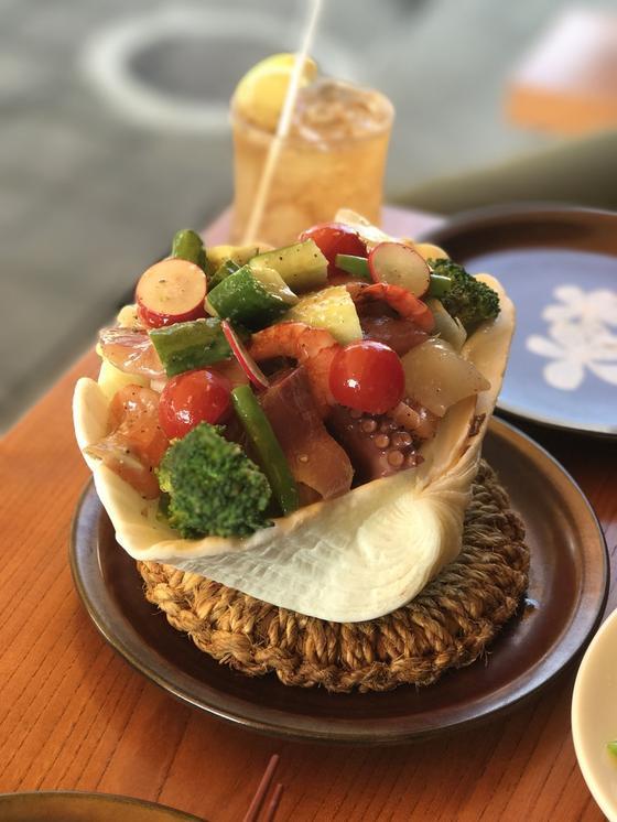 シーフードサラダ