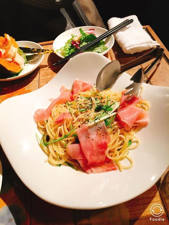 水菜と生ハムのペペロンチーノ