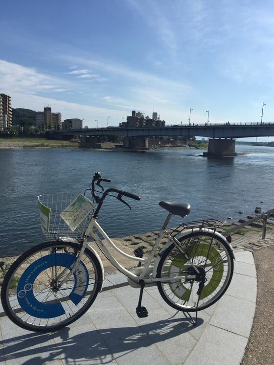 長良橋とレンタサイクル
