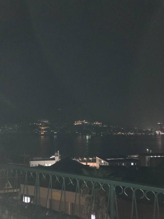 港の夜景も美しい