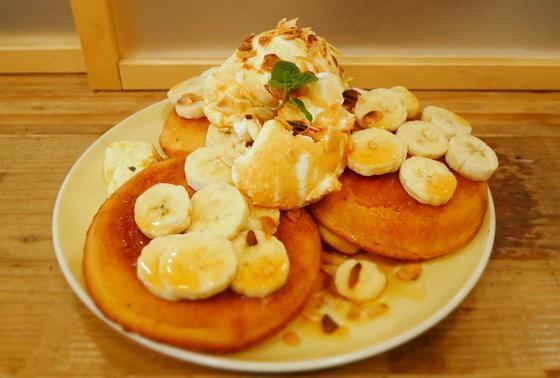 リコッタチーズとバナナのパンケーキ