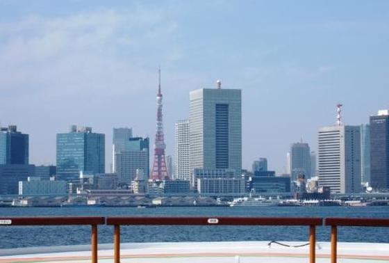 船からは、東京タワーや、