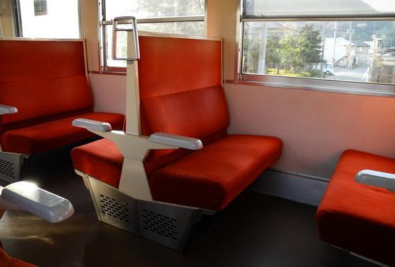 懐かしい座席