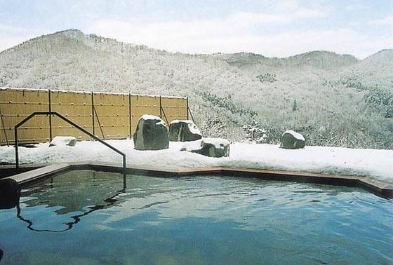 雪景色の中での入浴!