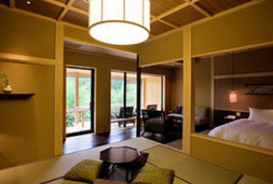 60平米超の広々客室
